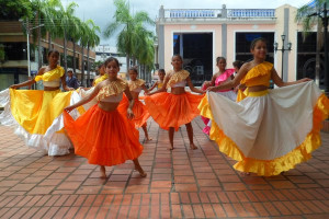 Miércoles Cultural de Barinas fue para África