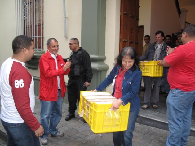El domingo en la mañana fueron trasladados los archivos (Foto: MPPC)
