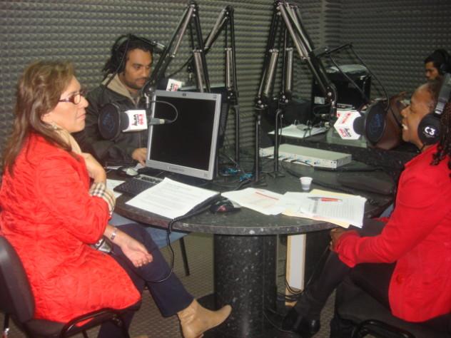 Faria, Ernesto Navarro y Nora Delgado