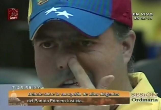 La reacción de Julio Borges, hurgándose su nariz, fue la más comentada en las redes sociales