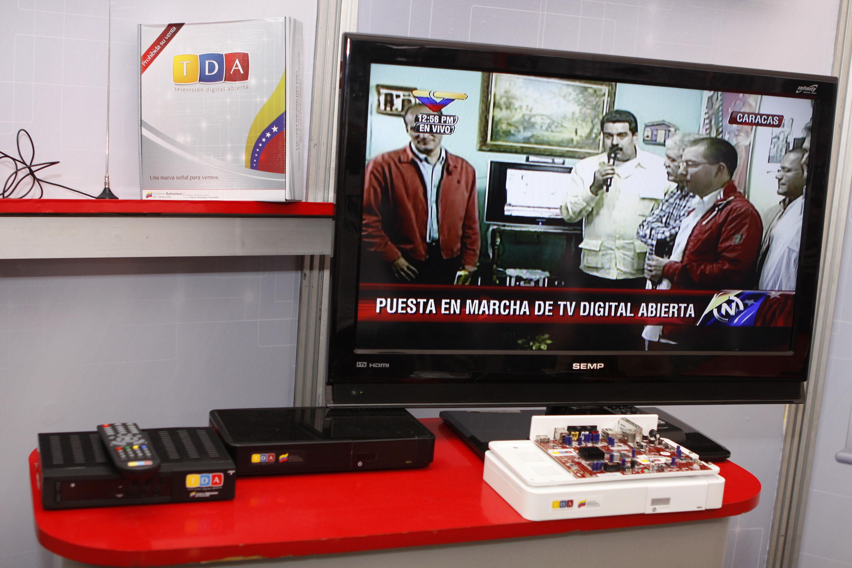 5969e42f3b2 La televisión digital requerirá, al menos inicialmente, conectar un  receptor a su televisor,