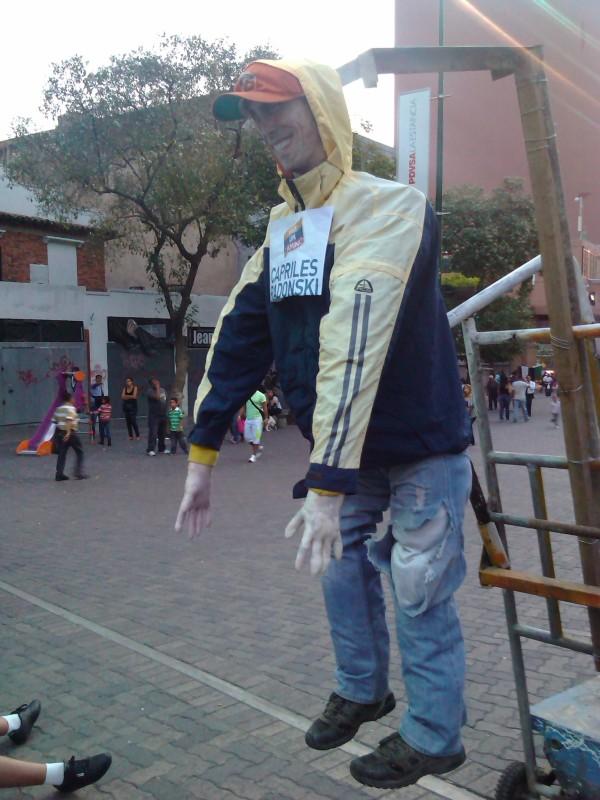 Judas Capriles en el bulevar de Sábana Grande. Foto: @Lubrio