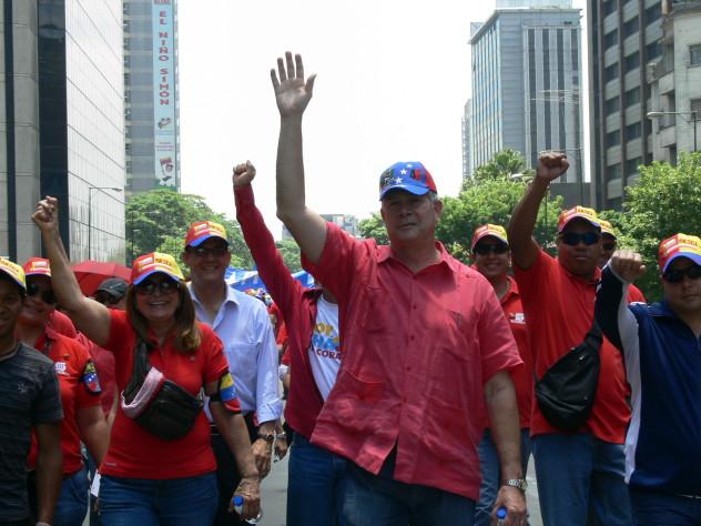 09 ABRIL EN COLECTIVO MARCHANDO EDGAR HERNANDEZ BERHENS