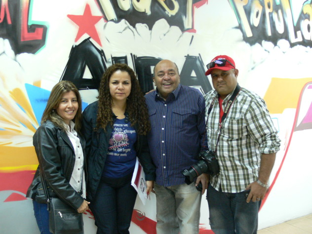 17 ABRIL IRIS VARELA Y PARTE DE SU EQUIPO COMUNICACIONAL