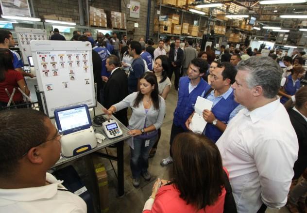 Foto de una auditoría de predespacho realizada en 2010. Fuente: Página web del CNE