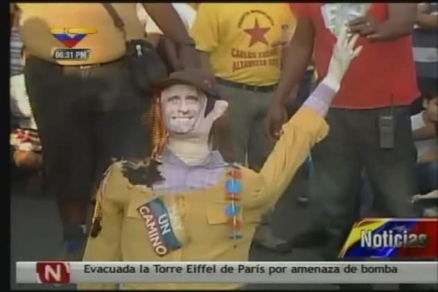 Judas Capriles quemado en Catia (Imagen de VTV)
