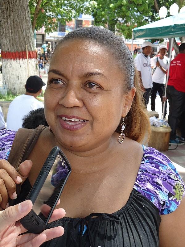 F4 Nancy Estanga, representante de A.C Grupo Folklórico
