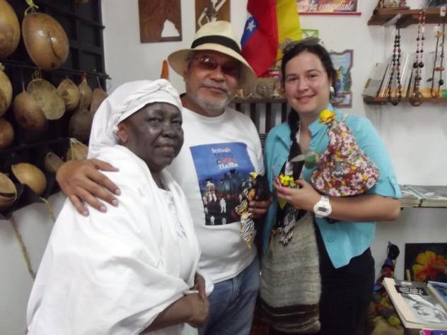 Foto Diana y Xavier Sarabia con Ma`Hipólita