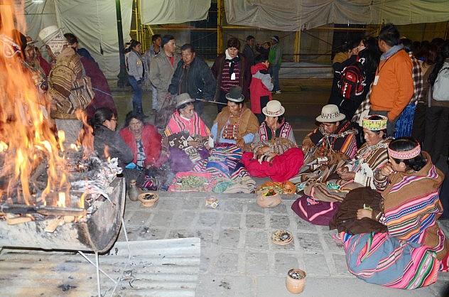 Frente al Palacio de Gobierno en La Paz (Foto: ABI)