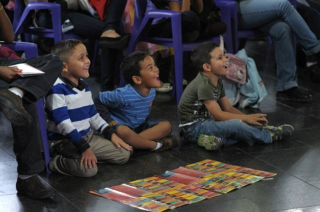 Historias de Payasos, por la Compañía Panelín (Carabobo). Espacios Abiertos del Teatro Teresa Carreño.  Foto: Javier Gracia