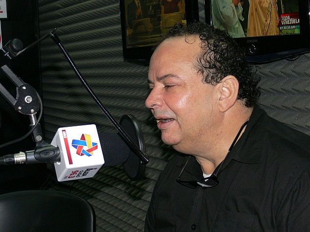15 JULIO EDGAR PAEZ DIRECTOR BIBLIOTECA NACIONAL