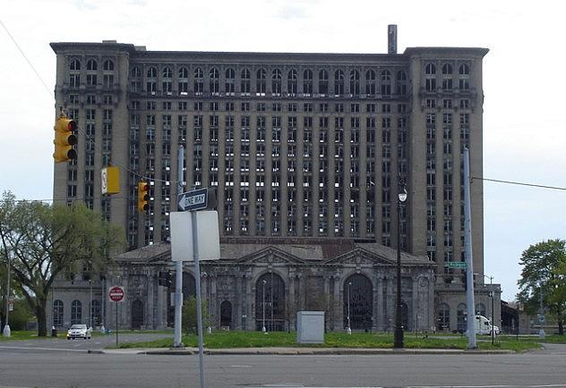 La Michigan Central Station, un asombroso monumento a los daños colaterales del capitalismo.