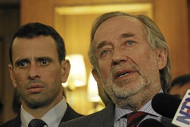 Capriles reunido con Jovino Novoa la semana pasada