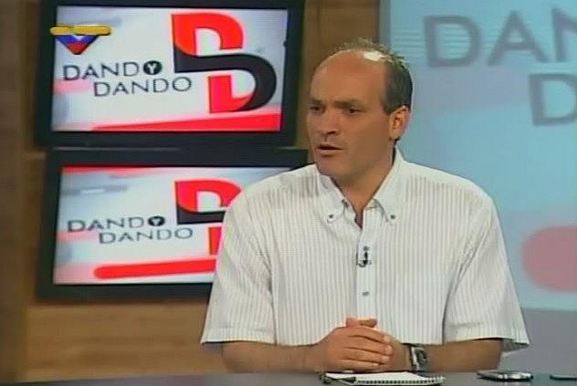 Ministro Ricardo Menéndez