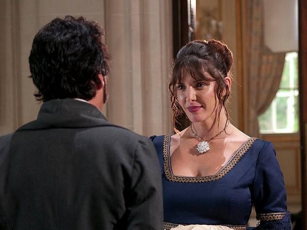 """La actriz Paula Woyzechowsky interpreta a la madame Juliene en """"Bolívar el hombre de las dificultades"""""""