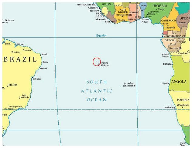 Ascensión está a mitad de camino entre África y Suramérica
