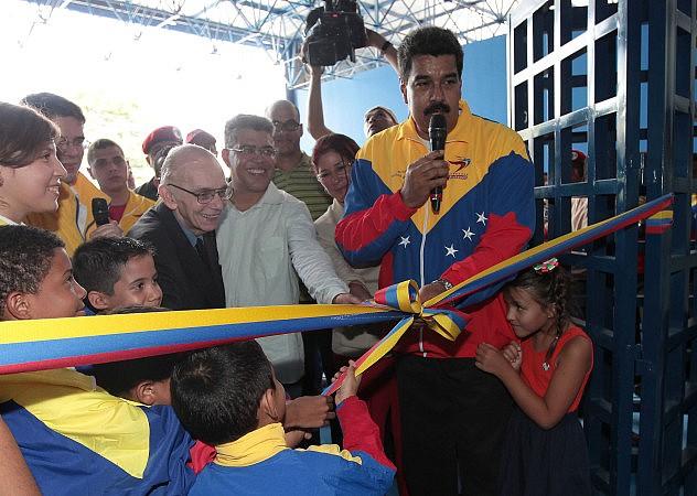 maduro_villa_panamericana_241379452128