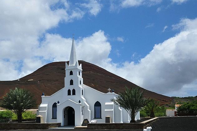 Iglesia en Isla Ascensión. Foto: UltraPanavision