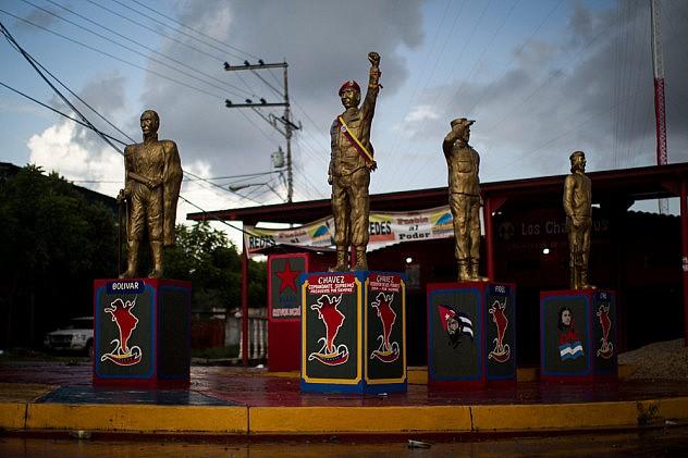 En el lugar no había ninguna estatua de Marulanda. Foto: Miguel Gutiérrez, EFE