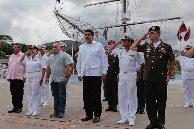 maduro_academia_militar_armada_11382131977