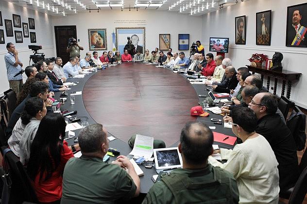 maduro_consejo_ministros_economia_21384223053