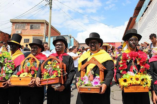 El San Pedro de Guatire celebra con su pueblo (20)