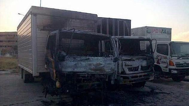 Camiones-incendiados_EDIIMA20140314_0378_13