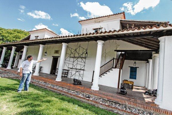 HACIENDA-DE-LA-FAMILIA-BOLÍVAR-RESTAURACIÓN