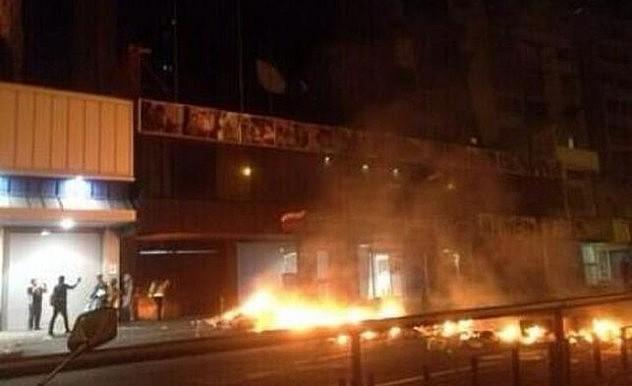 Incendio-ministerio-Vivienda_EDIIMA20140315_0238_13