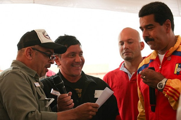Juancho-con-Maduro-600x399