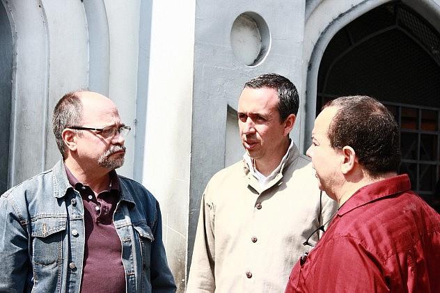 PEDRO-CALZADILLA-CON- MINISTRO-BARBARITO-Y-EDGAR-PAEZ