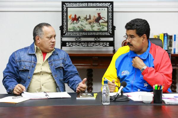 Presidente-Nicolás-Maduro-en-reunión-de-seguridad-3