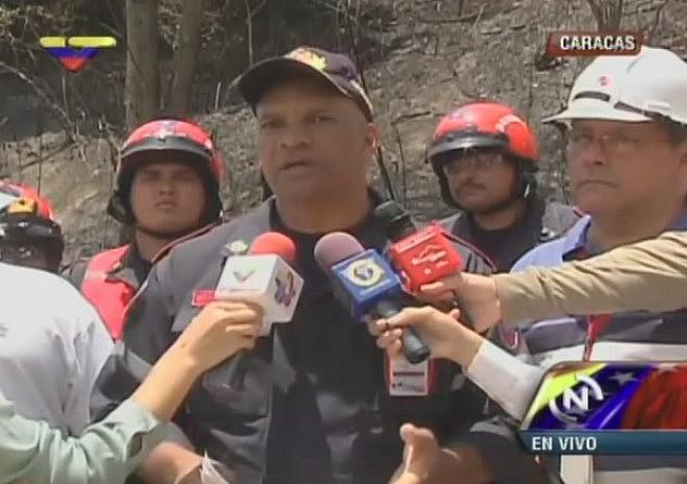 Comandante de los Bomberos del Distrito Capital, William Martínez