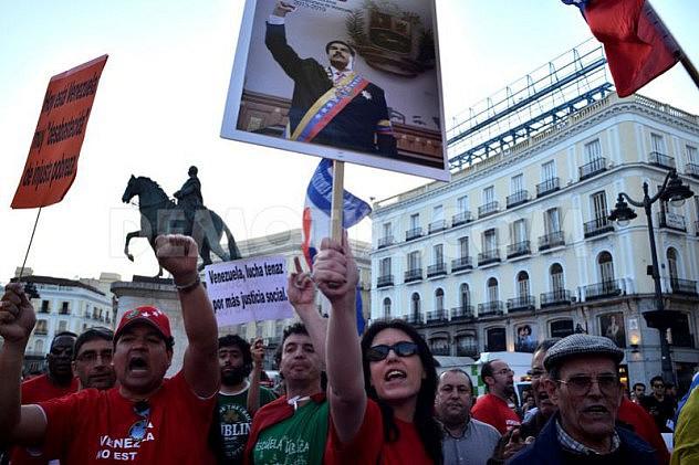 1397251122-marcha-en-madrid-en-apoyo-al-gobierno-de-nicols-maduro_4447372