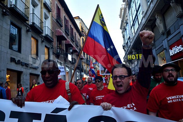 1397251152-marcha-en-madrid-en-apoyo-al-gobierno-de-nicols-maduro_4447388