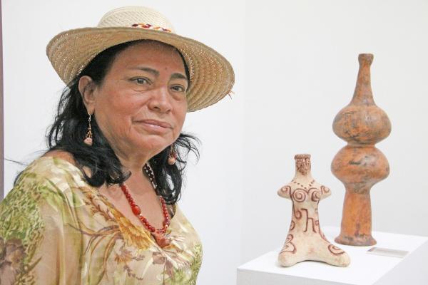 Artesanía-indígena-se-exhibirá-durante-octubre-en-la-Casa-Amarilla