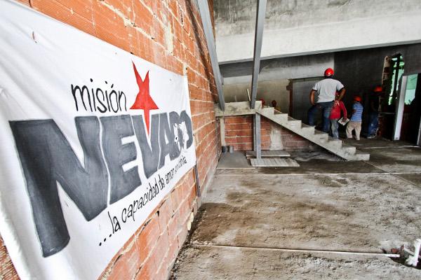 INSPECCION-DEL-PRIMER-CENTRO-DE-DIAGNOSTICO-VENERINARIO-DE-LA-MISION-NEVADO-2