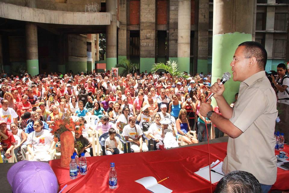 En fotos ministros del gobierno revolucionario visitaron for Ministros del gobierno