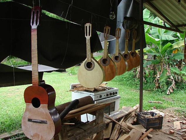 1389701266_588606719_4-fabricacion-y-reparacion-de-totipo-de-instrumentos-de-cuerda-Reparacion