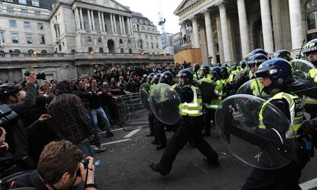 Más de 200 manifestantes fueron arrestados  en la cumbre del G-20. Foto: Tim Ireland/PA
