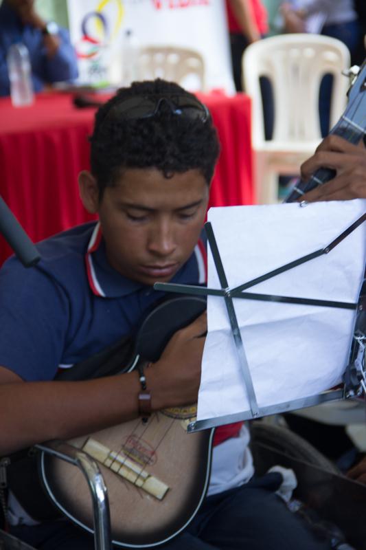 colegio efrain lopez sandoval entrega de cuatros y tamunangueros WEB-15