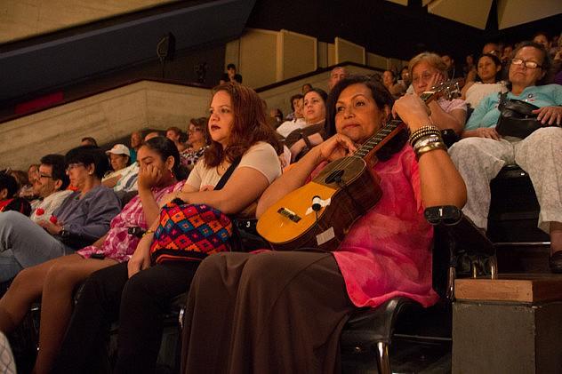 concierto a las mujeres cuatristas 24 de mayo de 2014 BAJA-24