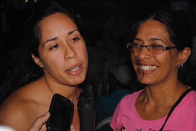 Foto5. Virginia Villasana junto a su mama Rosa de Villasana.