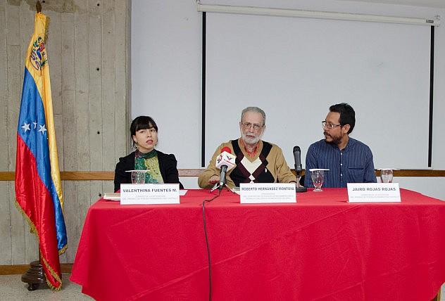Premiacion de Poesia Fernando Paz Castillo y Bautizo del Libro Los Plegamientos del Agua baja-3