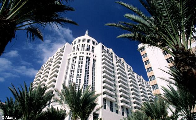 Hotel Loews, donde el FBI rastreó la obra