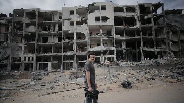 Simone Camilli, camarógrafo de AP, murió este miércoles en una explosión en Gaza.