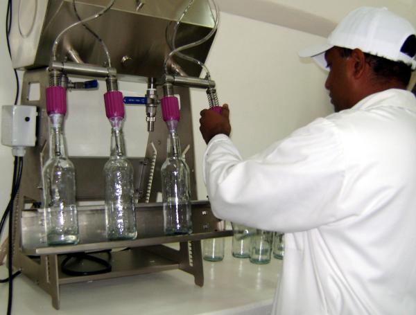 Embotelladora de cocuy (Foto: Fundacite Falcón)