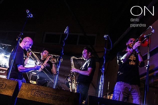 13-Banda-Bassotti-No-Pasaran-tour-2014-Intifada-Roma-1200x800_c