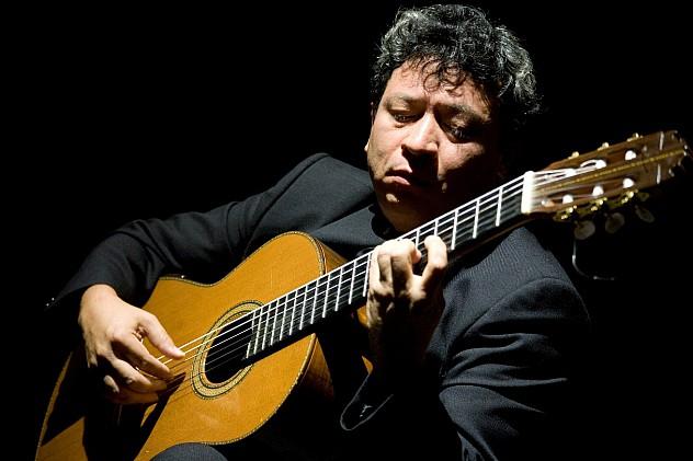 3. Luis Quintero, uno de los guitarristas invitados