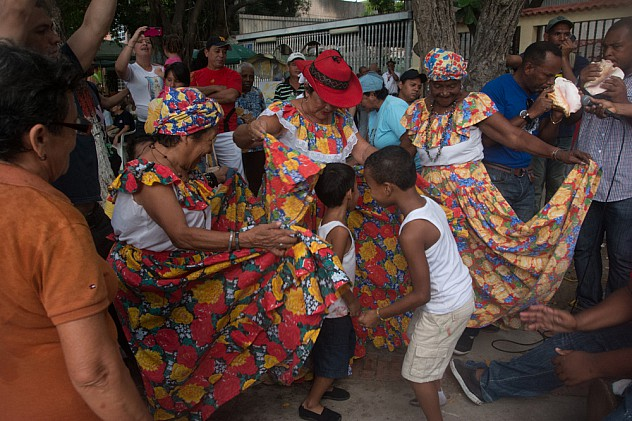 Toma Cultural por Reveron 18 de septiembre de 2014-12